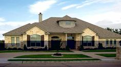 New American House Plan with 3236 Square Feet and 4 Bedrooms from Dream Home Source | House Plan Code DHSW32699