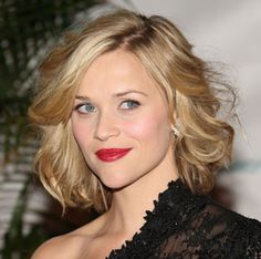 The Ultimate Guide to Short Wavy Hairstyles @ http://www.stylecraze.com/articles/the-ultimate-guide-to-short-wavy-hairstyles-2/