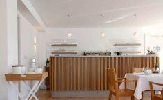Ahrenshoop: Das Frühstückscafé im Carlottenhof. Das leckere Frühstück wird am Tisch serviert. http://smartfamilytravel.de/?p=2279#more-2279