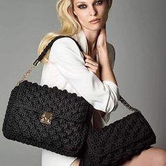 Black and white ⚪️⚫️ #unique #chic #instyle #model #fashion #greekdesigners #thankyou @anastasiaperraki