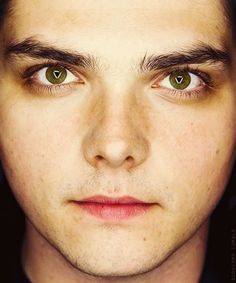 My Chemical Romance Sassy Diva, Sass Queen, Gerard Way, Emo Bands, Pretty Men, My Chemical Romance, Favorite Person, Role Models