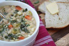 131110 white bean and kale soup 2 Recipe: White Bean & Kale Soup