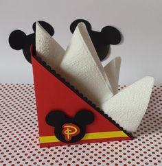 Porta guardanapos Mickey Fiesta Mickey Mouse, Mickey Mouse Baby Shower, Mickey Mouse Parties, Mickey Party, Mickey Mouse And Friends, Mickey Mouse Clubhouse, Mickey Minnie Mouse, Mickey Safari, Minie Mouse Party