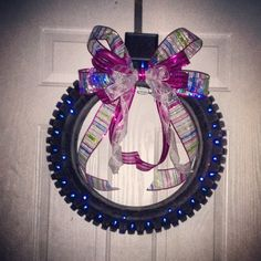 I know what will be hanging on the door at Nathan and my house in the future! Dirt Bike Tires, Dirt Bike Room, Old Tires, Dirt Bikes, Christmas Love, Christmas Wreaths, Christmas Crafts, Christmas Decorations, Christmas Ideas