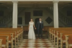 We just sneaked in to the church 😇🖤📷 Romanian Wedding, Bavaria, Formal Dresses, Wedding Dresses, Wedding Planner, Germany, Wedding Day, Wedding Photography, Photos