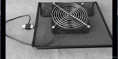 Охлаждающая подставка для ноутбука из подставки перекидного календаря