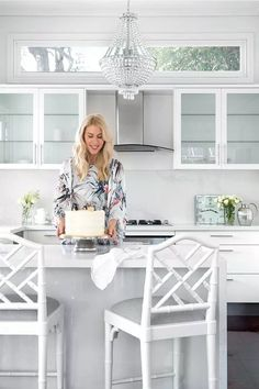 An all-white kitchen belonging to artist and illustrator Kerrie Hess, in her Queensland home Kerrie Hess, All White Kitchen, Star Fashion, The Hamptons, Office Decor, Home And Family, Chair, Table, Illustrator