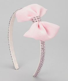 Whether paired with a leotard and tights or topping off a school outfit, this headband adorns tresses with plenty of girly flair. A ribbon-wrapped band sits securely on little noggins without pinching.Tiara Luxo Rosa com strassLittle Threadz Pink Rhi Diy Hair Bows, Ribbon Hair Bows, Diy Bow, Diy Headband, Baby Girl Headbands, Rhinestone Bow, Hair Decorations, Diy Hair Accessories, Cute Bows