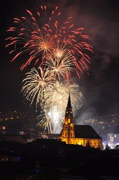 Cluj-Napoca, Romania (by Sabo Sergiu) I Fall In Love, Fireworks, Places To See, Vacations, Cities, Country, Pictures, Top, Photography