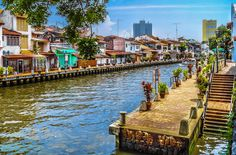 Visit the Malacca City which is a UNESCO world heritage site with many eye-catching and modern establishments that offers a rare glimpse of the ancient Malay kingdom. #Travel