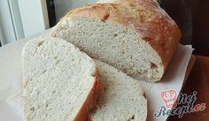 Domácí chléb jako peříčko | NejRecept.cz Banana Bread, Kefir, Oatmeal, Lose Weight, Food And Drink, Menu, Nutella, Baking, Recipe