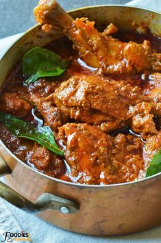 Learn to make Chicken Madras in Instant Pot. This authentic chicken Madras tastes better than the British curry houses & it's an easy Indian Instant Pot Recipe that you can cook any time. Veg Recipes, Indian Food Recipes, Asian Recipes, Vegetarian Recipes, Cooking Recipes, Healthy Recipes, Healthy Food, Easy Indian Chicken Recipes, Indian Chicken Gravy Recipe