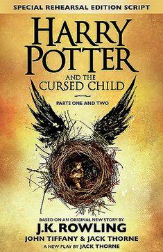 Rowling slaagt erin om de lezer terug te brengen naar de magische wereld van Harry Potter, zij het via een ander medium. Het is even wennen om een theaterstuk te lezen, toch doorbreekt dit het ritme van het verhaal niet.