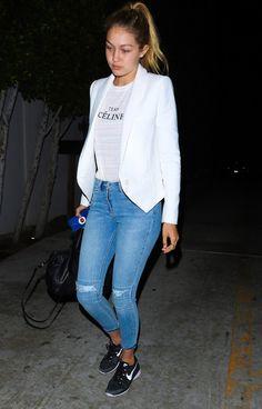 gigi-hadid-street-style-casual-sneaker-denim-blazer