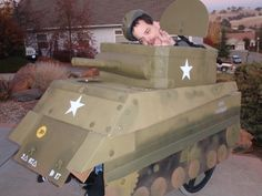 Wheelchair costume of army tank made from cardboard, nuts, washers, bolts, PVC pipe and paint. Halloween 2013, Halloween Costumes, Wheelchair Costumes, Duchenne Muscular Dystrophy, Scion Xb, Pvc Projects, Tiger Tank, Military Vehicles, Making Out