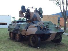 Blindado M-8 Greyhound AAA del Ejército Colombiano en Casamata. Bogotá - Colombia.