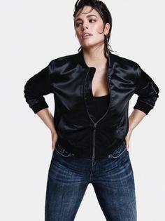 Ashley Graham Strikes a Pose for Marina Rinaldi's Fall 2018 Campaign Ashley Graham, Hourglass Outfits, Curvy Models, Plus Size Model, Strike A Pose, Fashion Labels, New York Fashion, Fashion Show, Leather Jacket