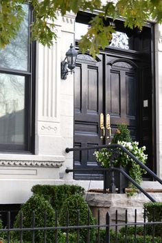 Front And Entry Doors For Your House – The Homeward View Grand Entrance, Entrance Doors, Exterior Design, Interior And Exterior, Black Front Doors, London Townhouse, Front Entrances, Front Door Decor, White Houses