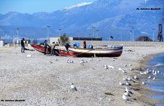 I colori del mare dei primi giorni di marzo rivestono di azzurro la spiaggia dei pescatori! Ph. Salvatore Martilotti