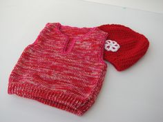baby  knitted  vest  and  hat