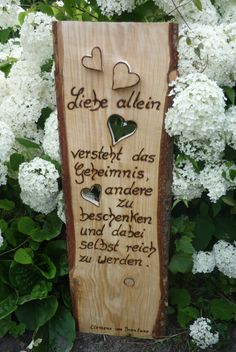 Holzschild ,rustikales Holzbrett neu in Szene gesetzt von Annegret Lindhorst bei DaWanda.com Woodworking Projects Plans, Teds Woodworking, Small Wood Projects, Art Projects, Wood Crafts, Diy Crafts, Detailed Drawings, Wood Ornaments, Christmas Wood