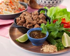 Get ready for some crunch - these savoury, sweet pork lettuce wraps are made with ginger and soy sauce. Pork Recipes, Asian Recipes, Healthy Recipes, Pork Lettuce Wraps, Healthy Meats, Pork Ham, How To Cook Pork, Asian Cooking, Serving Dishes