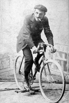 Fortepan Bicycle Race, Vintage Bikes, Tabata, Tandem, Racing, Vehicles, Classic, Budapest, Smoking