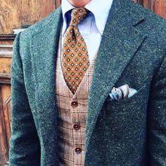 Sartorial Rebellions - #ManoloDelToyro #style #spanish #bracelet #paris #vestes #Tailoring #week-end #gentleman #paris