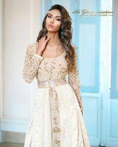 "155 Likes, 2 Comments - Maghreb & Oriental Luxury (@maghreb.oriental) on Instagram: "" #caftan #mariage #mariagemarocain #marieemarocaine #wedding #moroccanwedding #takshita #caftan…"""
