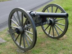 The Parrott rifle, invented by Robert Parker Parrott, was manufactured in different sizes, from 10-pounders up to the rare 300-pounder. The 10- and 20-pounder versions were used by both armies in the field. The smaller size was much more prevalent. Confederate forces used both bore sizes during the war, which added to the complication of supplying the appropriate ammunition to its batteries