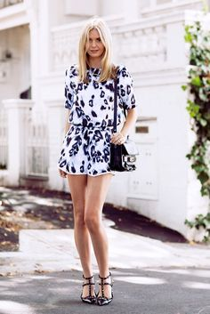 Printed shorts in the form of a matching set