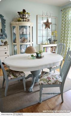 blue and white dining room table and chairs makeover - painted with Annie Sloan chalk paint. I love the look of two colors. And it's a darling room to boot. White Dining Room Table, Dining Table Chairs, Side Chairs, Duck Egg Blue Dining Room, Dining Area, Cottage Dining Rooms, Kitchen Tables, Table Legs, Kitchen Dining