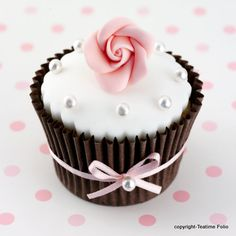 pretty chocolate cup with rose