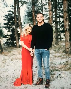 """Witney and Carson's engagement pictures are incredible!!! Go see some more sneak peaks on her website! Witneycarson.com"""