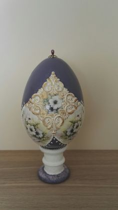 Egg Art, Easter Crafts, Shiva, Happy Easter, Easter Eggs, Decoupage, Arts And Crafts, Faberge Eggs, Eggs