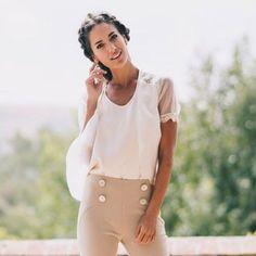 Invitadas  con pantalón en la colección Côte d'Azur de @charlottedanielnovias No nos puede gustar más!!  #disoñandobodas #disoñando #bodas #wedding #invitadas #fashion #invitadaperfecta #pantalon #style #estilo #novias
