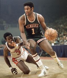 Oscar Robertson  Bucks Basketball Is Life 97f051cdd
