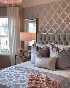 Glam Master Bedroom, Master Bedroom Design, Bedroom Wall, Tapestry Bedroom, Bedroom Rugs, Diy Bedroom, Romantic Master Bedroom Ideas, Master Bedroom Furniture Ideas, Chic Bedroom Ideas