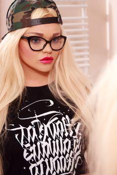 Poison Hyp x Mad Cat Mad, Fashion, Moda, Fashion Styles, Fashion Illustrations