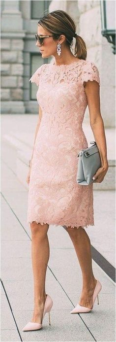 2017 Elegant Mother of Bride Dress Pink Sheath Lace Knee-length Mother of Groom Dress Trendy Dresses, Nice Dresses, Casual Dresses, Short Dresses, Fashion Dresses, Casual Outfits, Fashion Clothes, Fashion Shoes, Work Outfits
