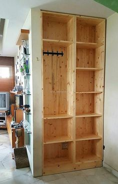 recycled pallet wardrobe