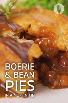 Turn your leftover braai boerie into these delicious pies baked in a muffin tin - perfect for a satisfying dinner! Africa Recipes, South African Recipes, Braai Salads, Bean Pie, Fluffy Mashed Potatoes, Tinned Tomatoes, Roasted Meat, Bread Cake, No Bake Pies
