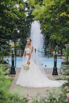 Enzoani blue 'Dabra' lace wedding dress