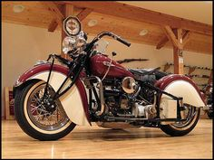 T169 1941 Indian  4 Cyl With Princess Side Car Photo 3