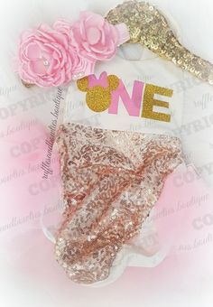 ***EXCLUSIVE*** Baby Girls Gold