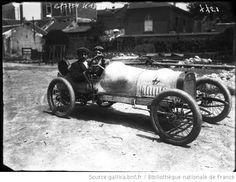 Poilleau [Boillot ?] sur Peugeot [Grand prix de voiturettes, course automobile à Dieppe, le 6 juillet 1908] : [photographie de presse] / [Ag...