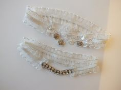 FREE SHIP wedding garter set, wedding garters, bridal garters, organza lace garters, bride, wedding accessory, ivory garters,