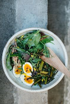 balsamic roasted asparagus salad w/ fried capers + 7-minute eggs   dolly and oatmeal
