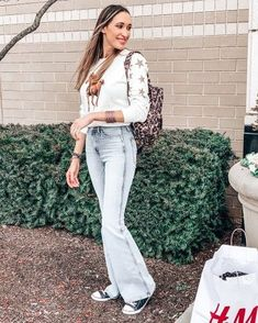 Shop Your Screenshots™ with LIKEtoKNOW. Casual Weekend Outfit, Weekend Style, Casual Outfits, Vogue Fashion, Denim Fashion, Everyday Outfits, Everyday Fashion, High Waisted Flares, Layering Outfits