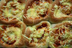 Floral Frosting: Vegan MoFo #3 - Pizza Rolls